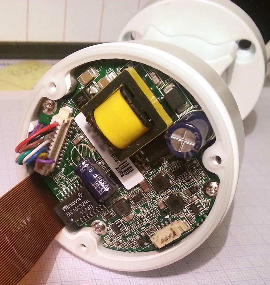 海康威视DS-2CD2032-I摄像头内部