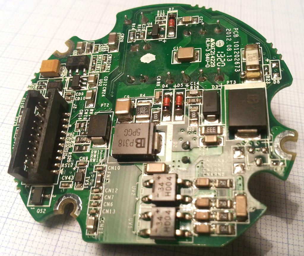 海康威视DS-2CD2032-I电源板反面